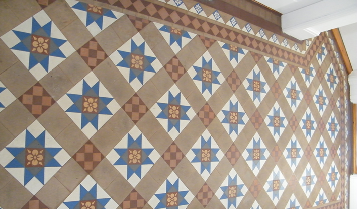 victorian-tiled-floor-before710
