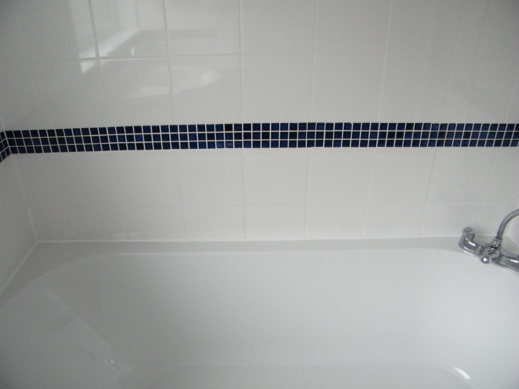 Ceramic tiled Bathroom, shower clean and grout re-coloured in ...