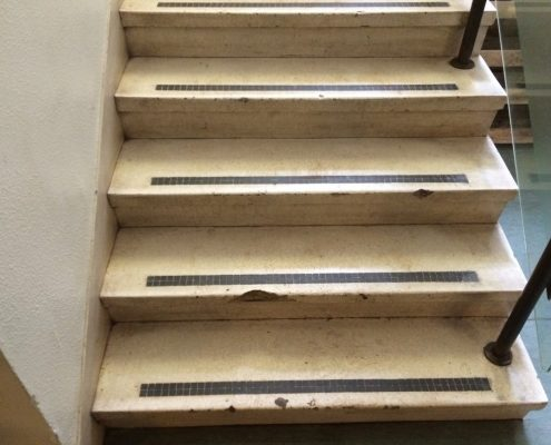 Stairs before repair