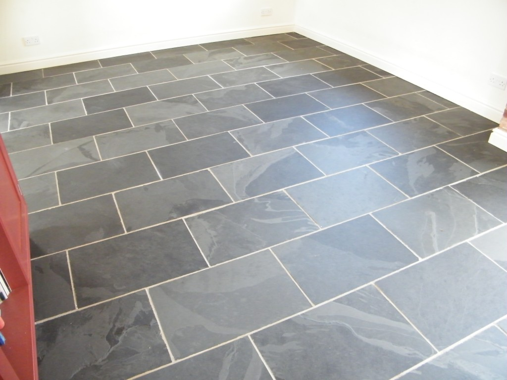 Black Slate Kitchen Floor Stripping Cleaning And Sealing In Ridley Nr Tarporley Cheshire Tile