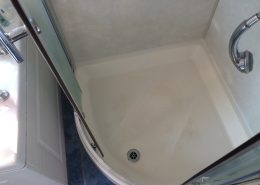 Shower & Tile Grout Cleaning, Silicone and Sealing