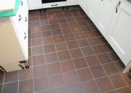 Kitchen-quarry-tiles-before-cleaning