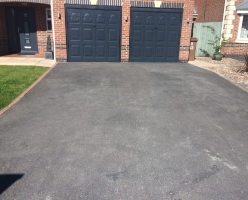 Tarmac renovation on driveway in Knutsford, Cheshire before